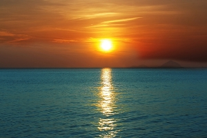 sunset-over-ocean-mothaibaphoto-prints